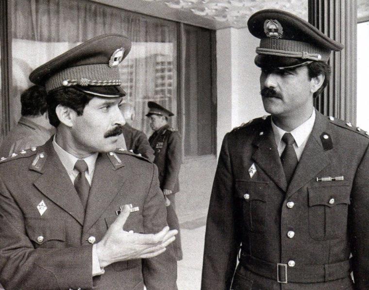 Космонавты из Демократической Республики Афганистан М.Г. Дауран (слева) и А.А. Моманд. Звёздный городок, август 1988 года. Фото © y4astkoviu.livejournal.com