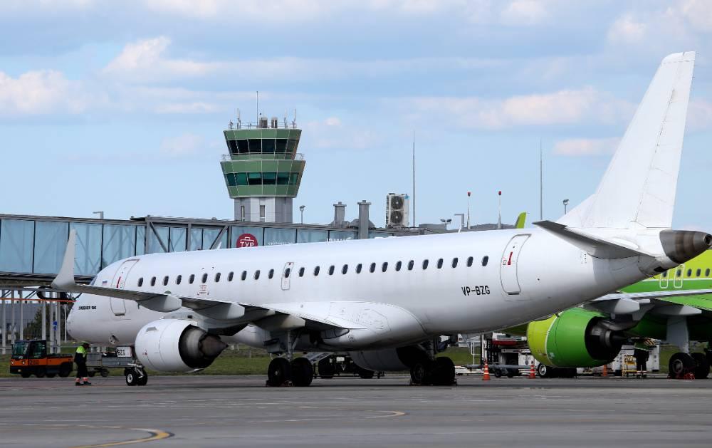 Росавиация призвала авиакомпании предусмотреть регистрацию самолётов в России