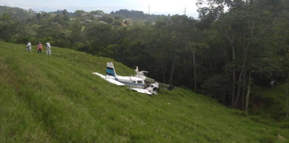 """<p>Фото © <a href=""""https://www.eltiempo.com/colombia/otras-ciudades/avioneta-se-accidenta-cerca-del-aeropuerto-de-bucaramanga-447810"""" target=""""_blank"""" rel=""""noopener noreferrer"""">El Tiempo</a></p>"""