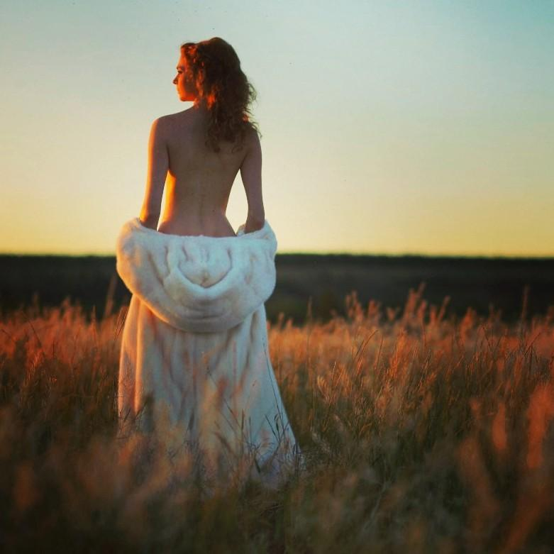 Светлана Инцкирвили могла сделать карьеру модели, но стала женой Андрея Балушенкова. Фото © Одноклассники
