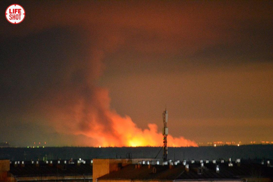 Фото © LIFE / Колония № 15 охвачена огнём