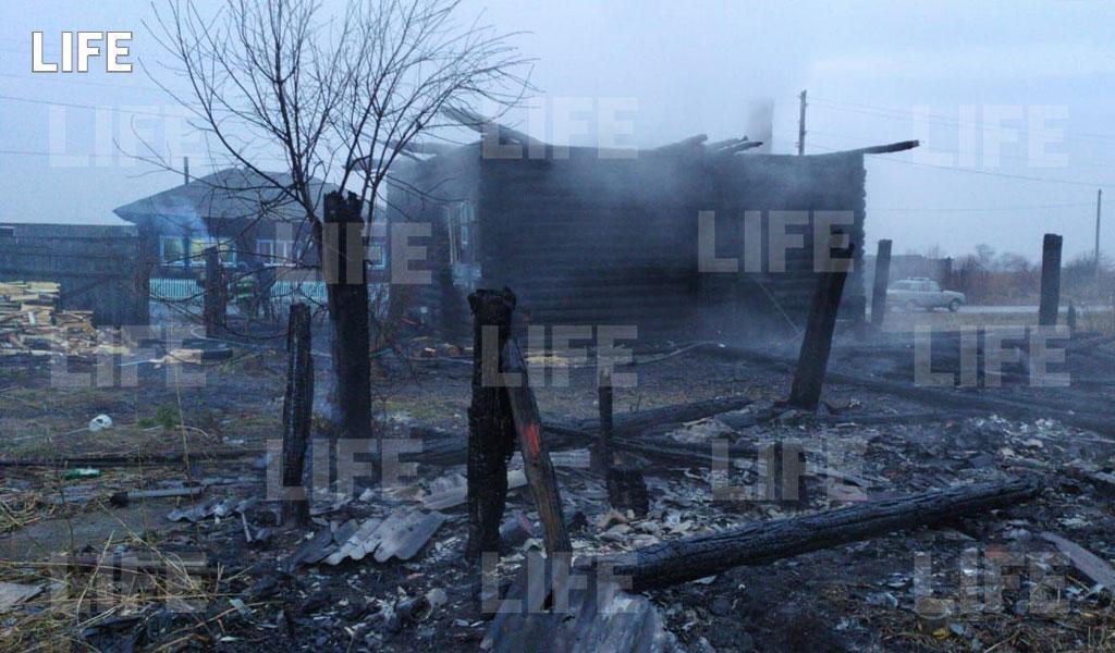 После гибели троих детей в пожаре под Екатеринбургом возбудили уголовное дело