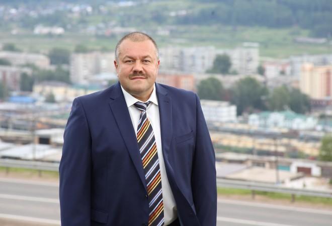 Замглавы Усть-Кутской администрации Михаил Барс. Фото © tvk6.ru