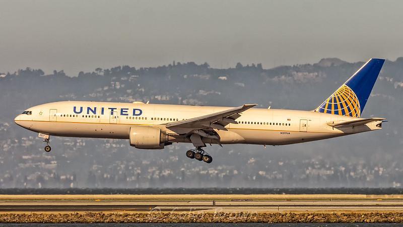 Одна из крупнейших авиакомпаний США отменит 90% рейсов в Нью-Йорке и Нью-Джерси