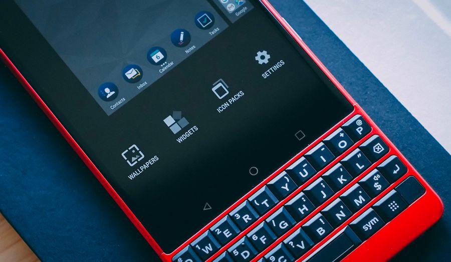 "<p>Фото © Twitter / <a href=""https://twitter.com/BBMobile/status/1137025568271155200/photo/1"" target=""_blank"" rel=""noopener noreferrer"">Blackberry Mobile</a></p>"