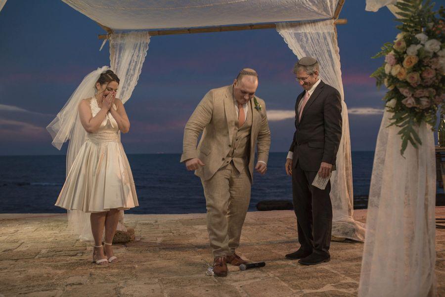 Свадьба была выдержана в еврейских традициях. Фото © Facebook / Nelli Morgulchik