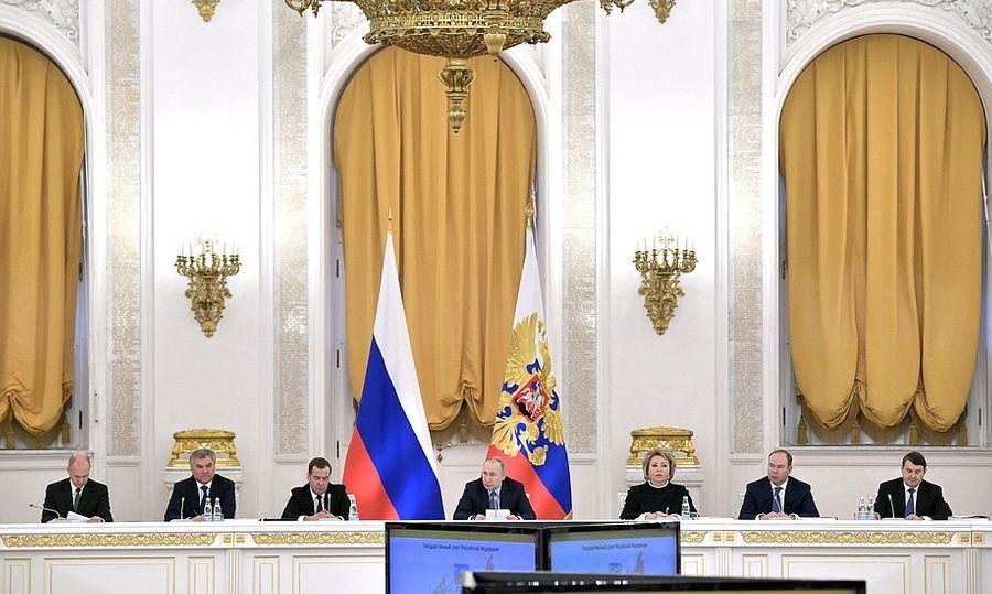 "<p>Фото © <a href=""http://kremlin.ru/events/president/news/62418"" target=""_blank"" rel=""noopener noreferrer"">Пресс-служба Кремля</a></p>"