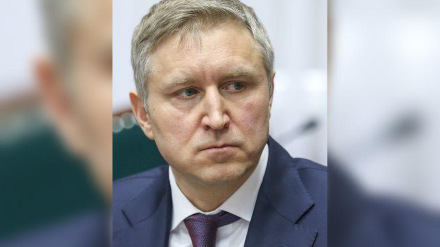 """<p>Фото © <a href=""""https://naryan-mar24.ru/news/2019/06/04/okruzhnye-parlamentarii-soglasovali-8-kandidatur-dlya-naznacheniya-na-dolzhnosti-vice-gubernatorov-nao.html"""" target=""""_blank"""" rel=""""noopener noreferrer"""">НМ24</a></p>"""