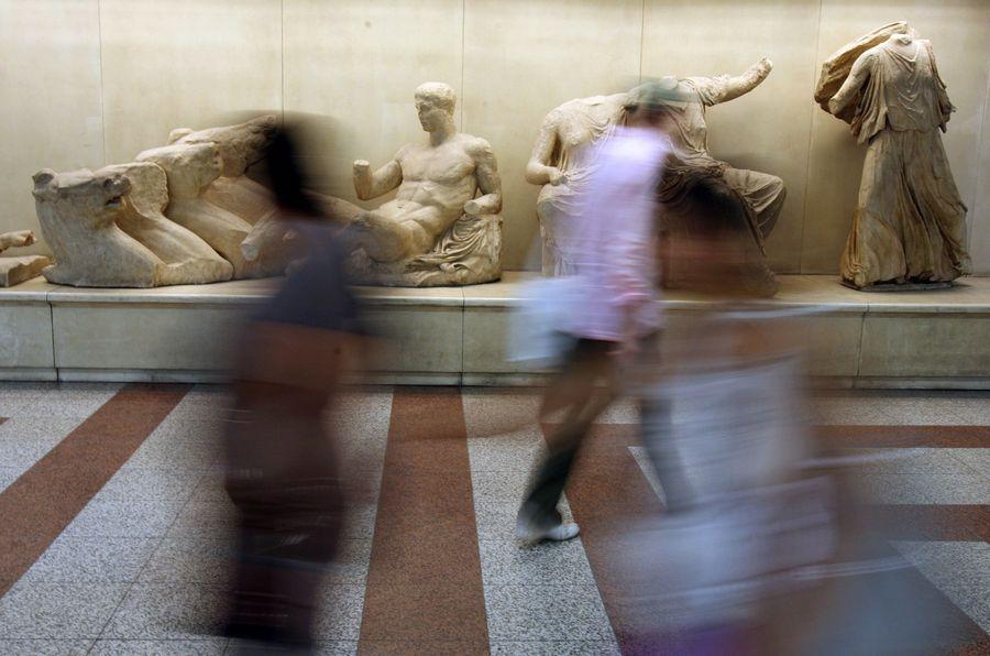 <p>Фото © AP Photo / Thanassis Stavrakis</p>