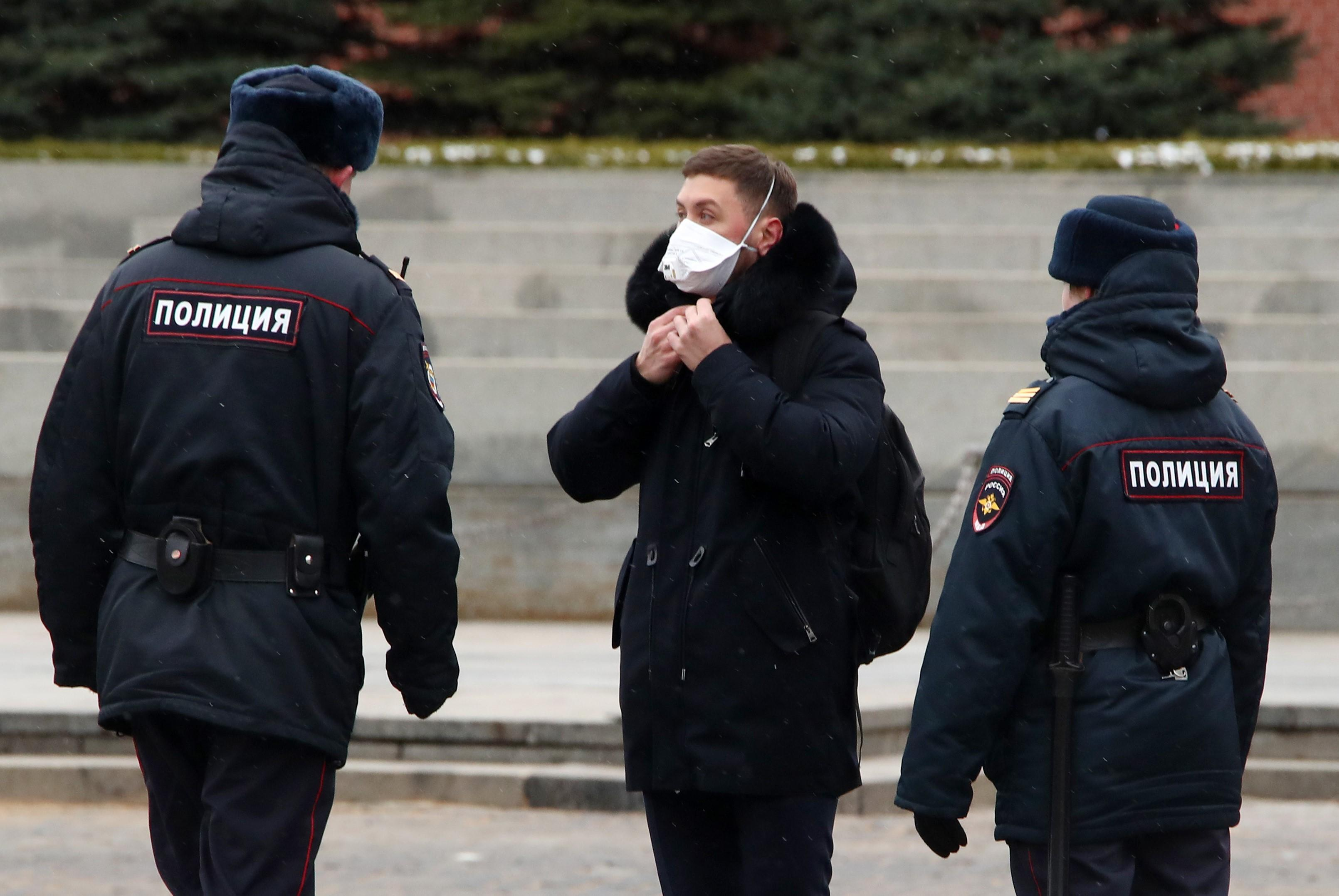 Более 1,2 тыс. протоколов составлено на нарушителей карантина в РФ