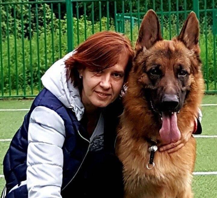 <p>Марина Вересова и пёс Веня. Фото © Предоставлено Лайфу</p>