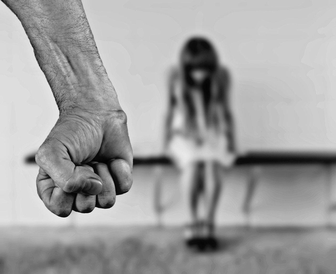 Задержанный за убийство пяти человек под Рязанью избивал своих детей