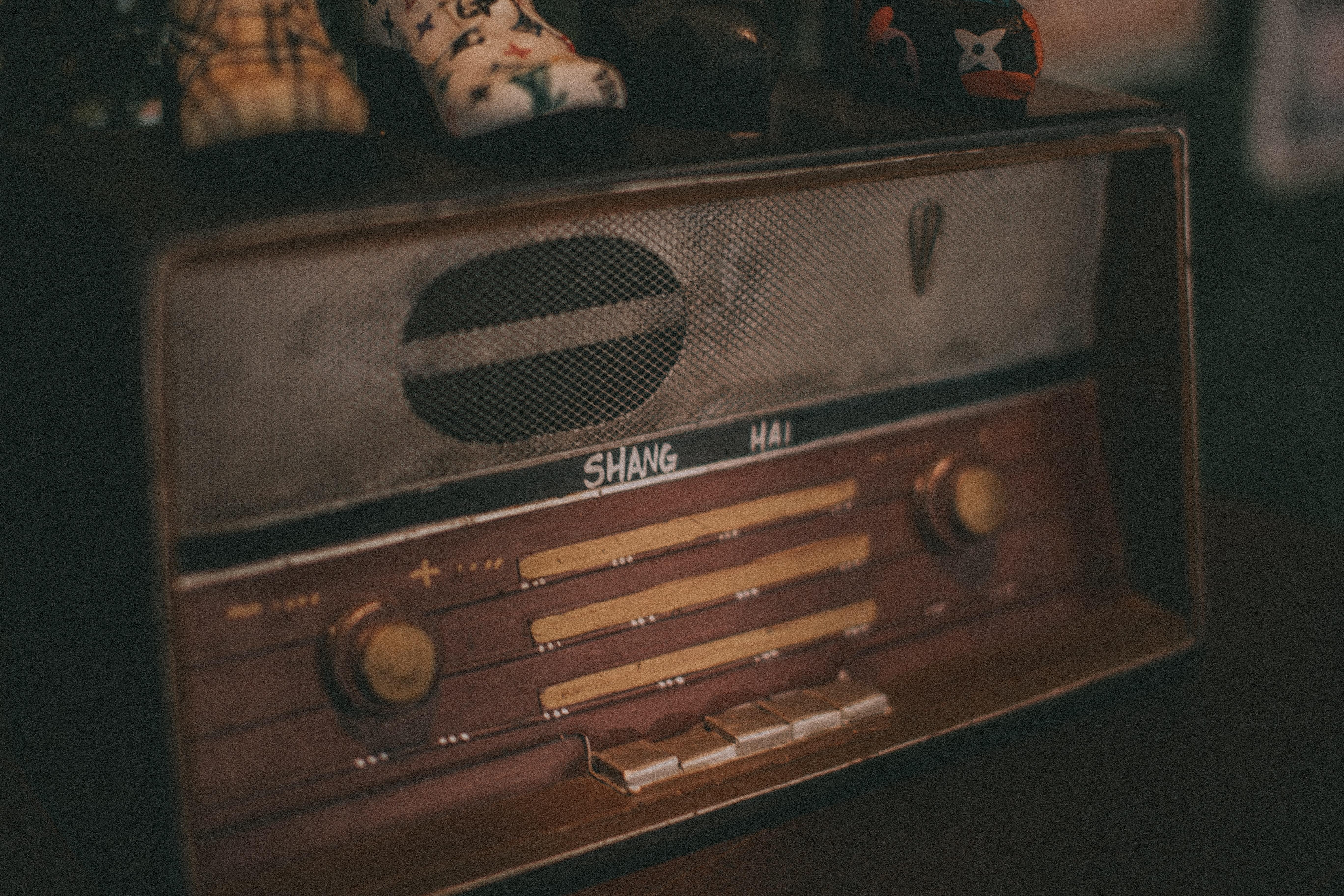 Свисток смерти, песня мохо и радио УВБ-76: 8 самых жутких аудиозаписей, найденных в Сети