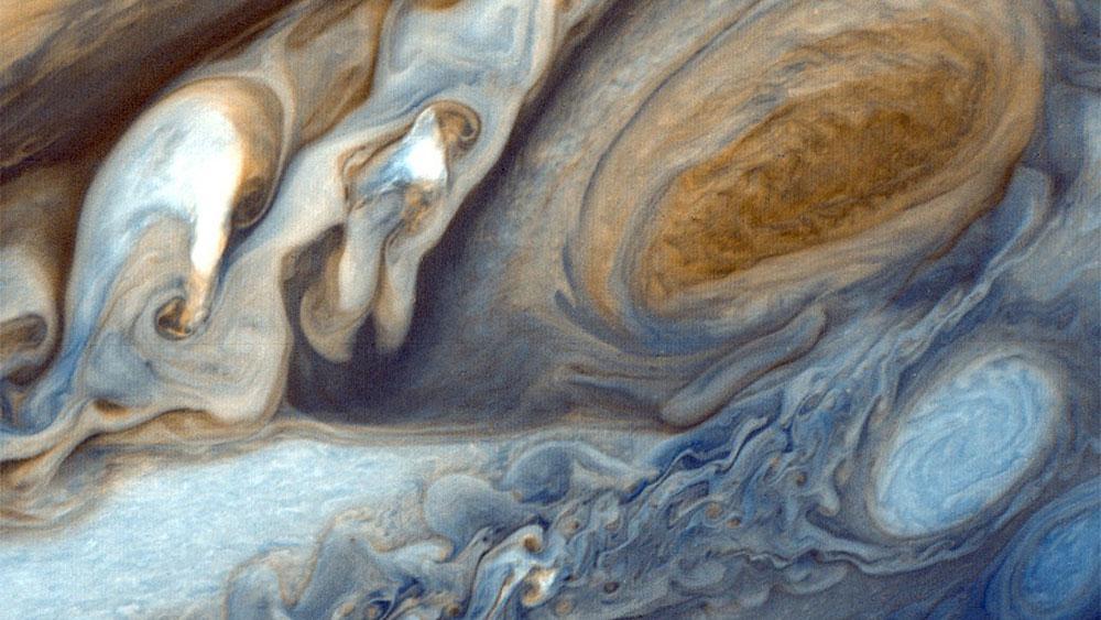 "<p>Фото © <a href=""https://www.google.com/url?sa=i&url=https://www.needpix.com/photo/8184/jupiter-planet-big-red-stains-space-space-travel&psig=AOvVaw2vMVwdqKWThEOF4bQ57zer&ust=1588870510996000&source=images&cd=vfe&ved=0CAMQjB1qFwoTCMDb-4fan-kCFQAAAAAdAAAAABAD"" target=""_blank"" rel=""noopener noreferrer"">Needpix.com</a></p>"