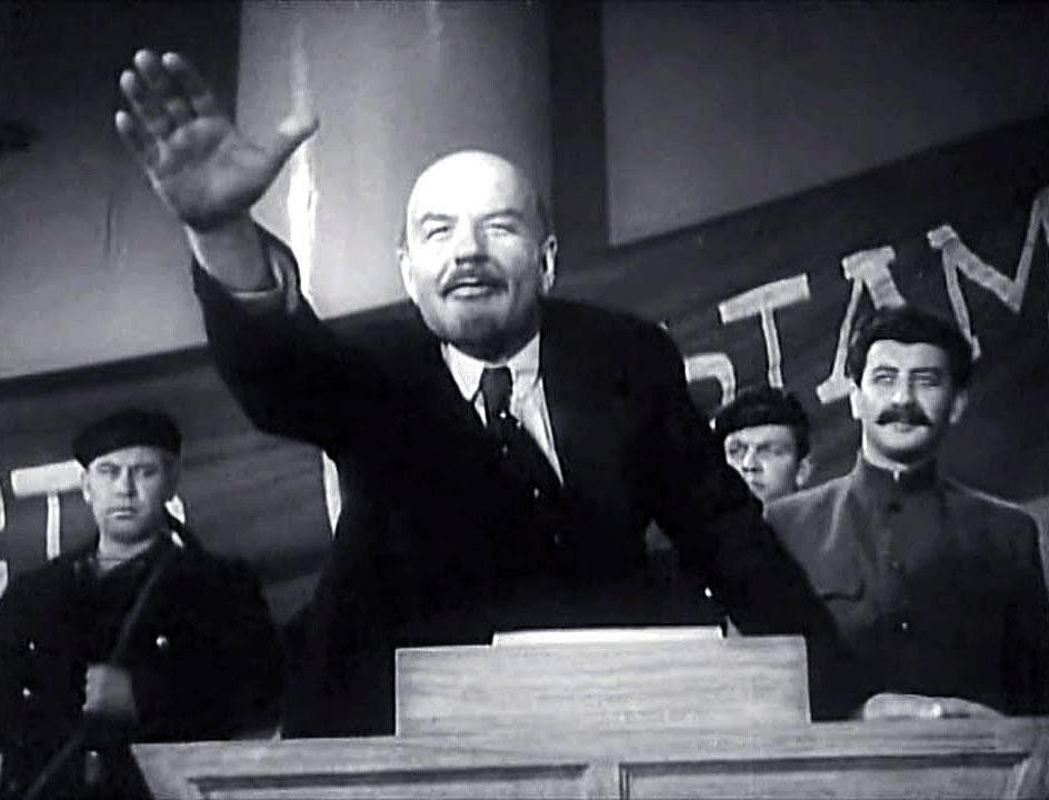 """Фото © Кадр из фильма """"Ленин в Октябре"""""""