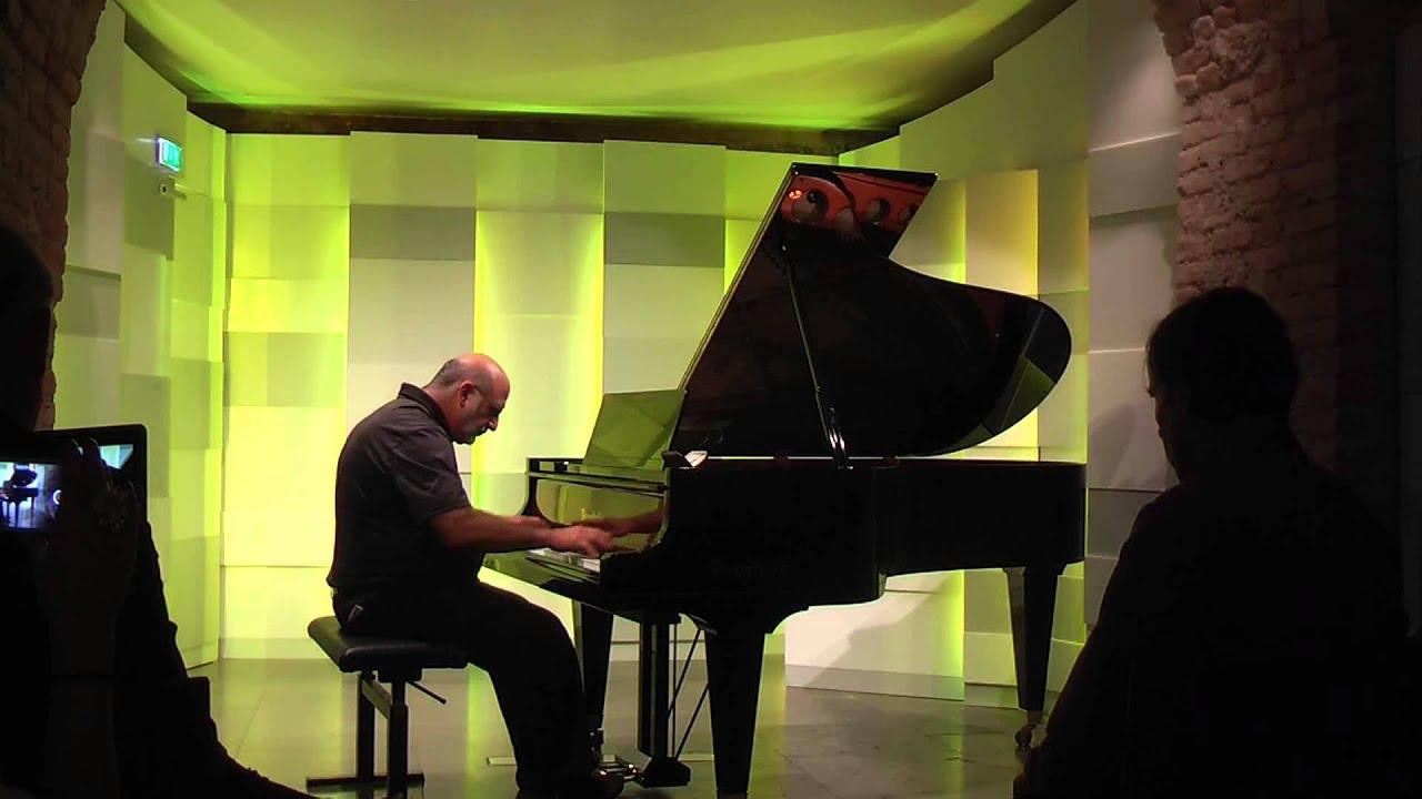Кадр из видео Youtube / PianoMusicDocs INTERNATIONAL