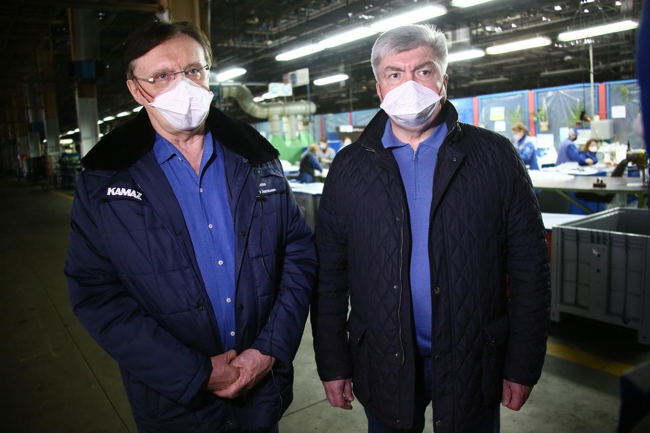 Сергей Когогин и Наиль Магдеев (справа). Фото © КамАЗ