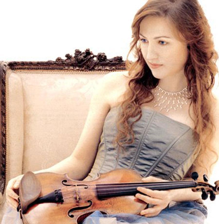 """Анастасия Чеботарёва, известная скрипачка, любимая """"жена"""" """"бога Кузи"""". Фото ©vk.com / Анастасия Чеботарёва"""